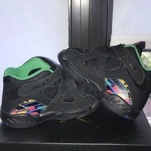 Jordan 8 retro size 6c